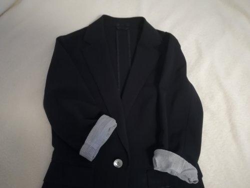 ネイビーのジャケット