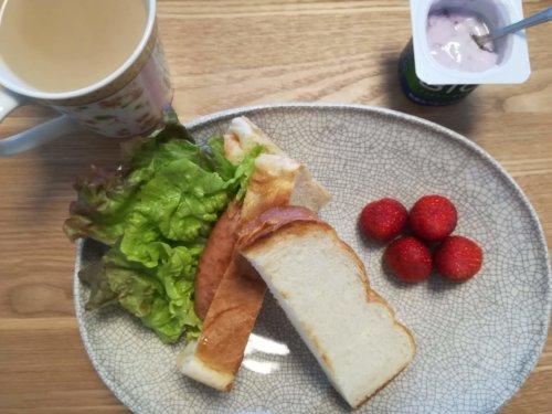 サンドイッチ、いちご