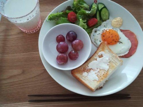 クリームチーズトースト、レッドグローブ