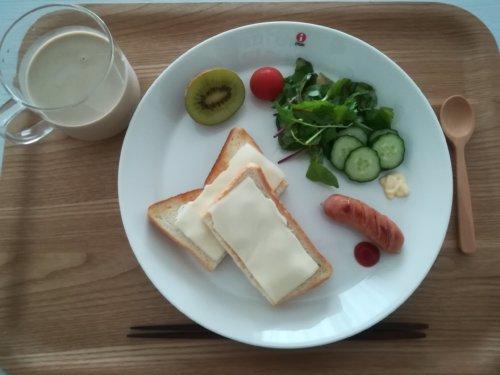 チーズのせ食パン