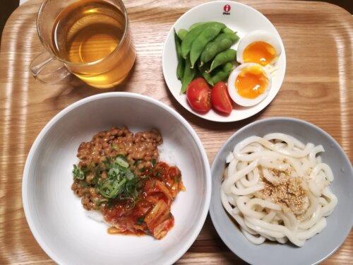 ひとり暮らしの夜ごはん、納豆キムチ丼