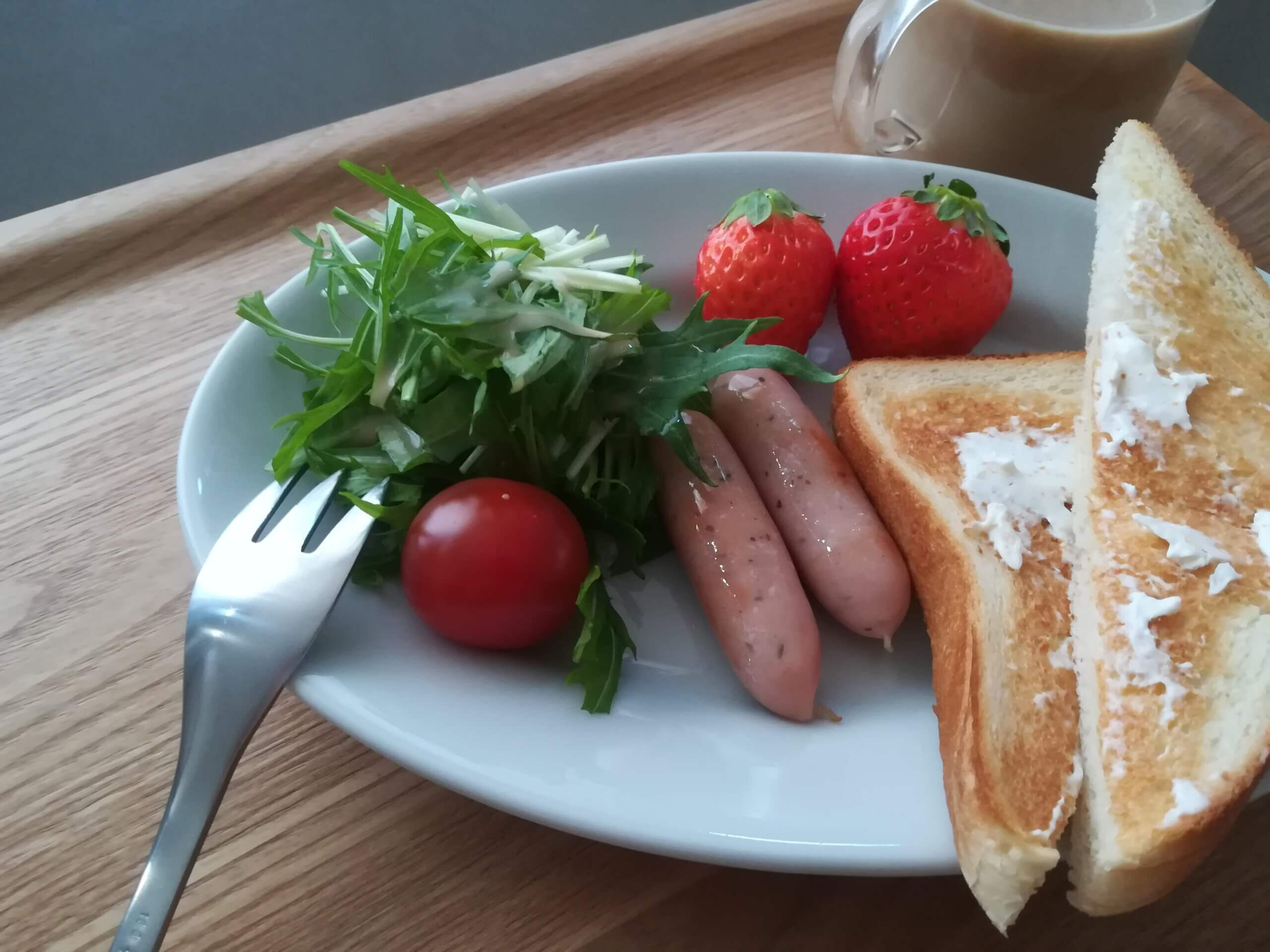 クリームチーズトースト/イカと里芋の煮物二日目/パンとスープとネコ日和