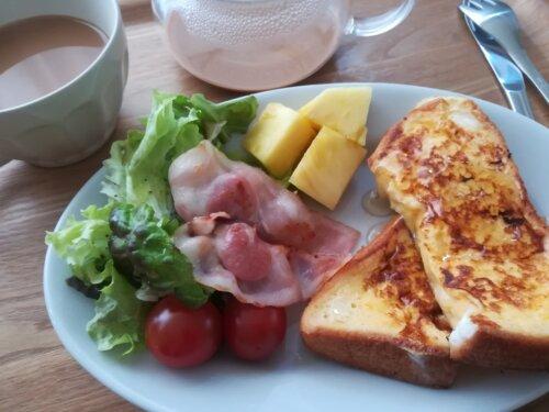 ひとり暮らしの朝ごはん フレンチトースト