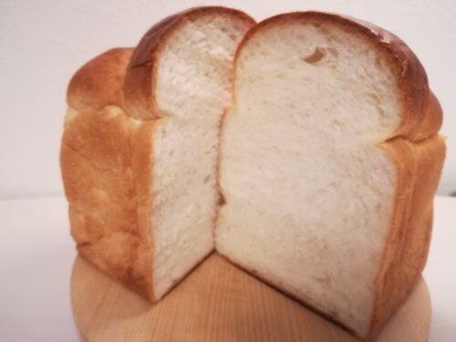ベークハウスメールの食パン