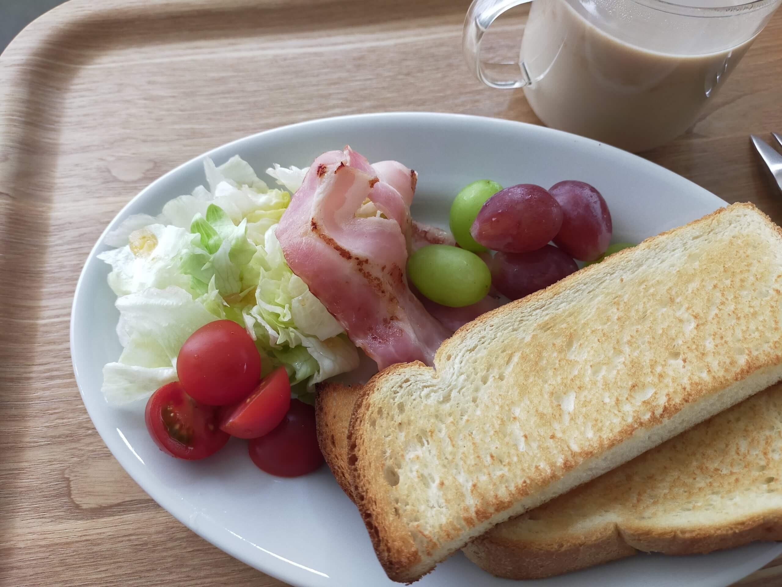イオン・トップバリュの山型食パン・トースト/豚丼