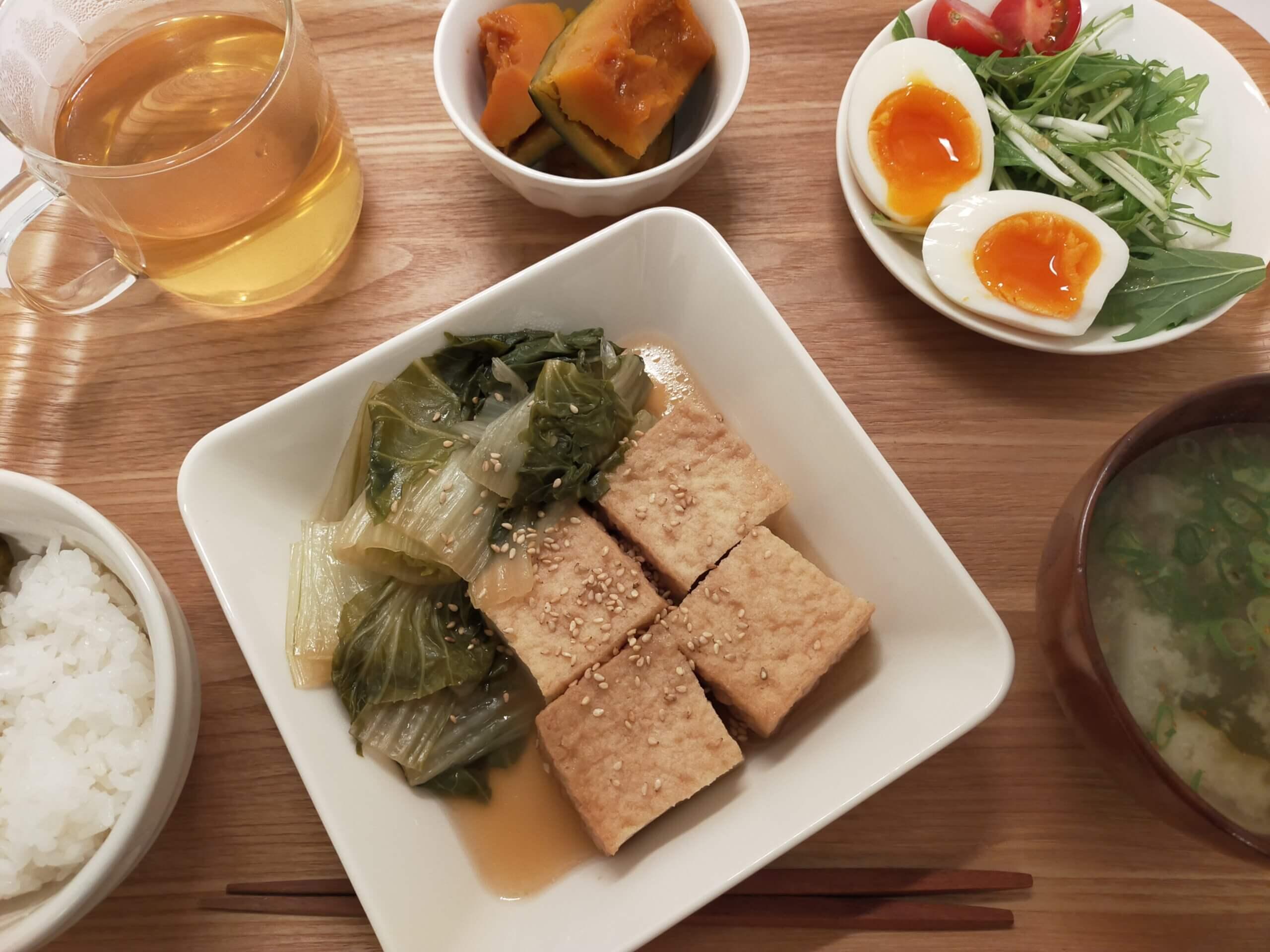 イオン・トップバリュのパン・ド・ミ、生食/白なと厚揚げの煮物