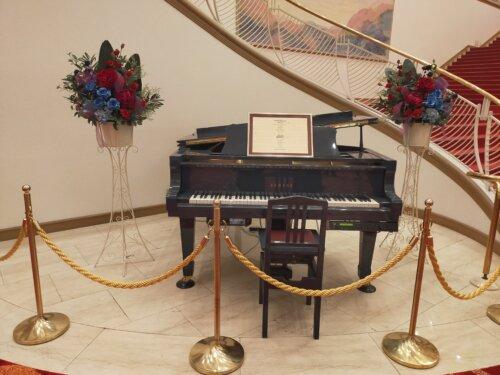 宝塚大劇場のピアノ